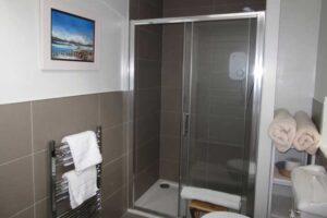 Vorlich Shower Room